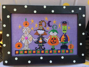 Amy Bruecken Designs - Halloween Parade - Cross Stitch Pattern-Amy Bruecken Designs, Halloween Parade, Halloween, trick or treat, Halloween costumes, pumpkins, Cross Stitch Pattern