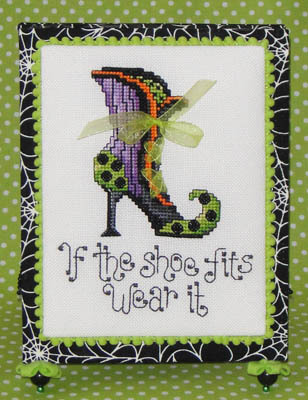 Sue Hillis Designs - Witch's Shoe - Cross Stitch Pattern