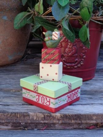 Faithwurks Designs - Christmas Gifts Box Kit