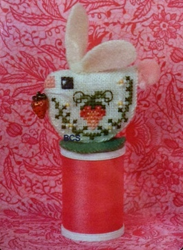 Just Nan - 2015 Ornament Shop - Strawberry Bunny - Limited Edition Chart Pack