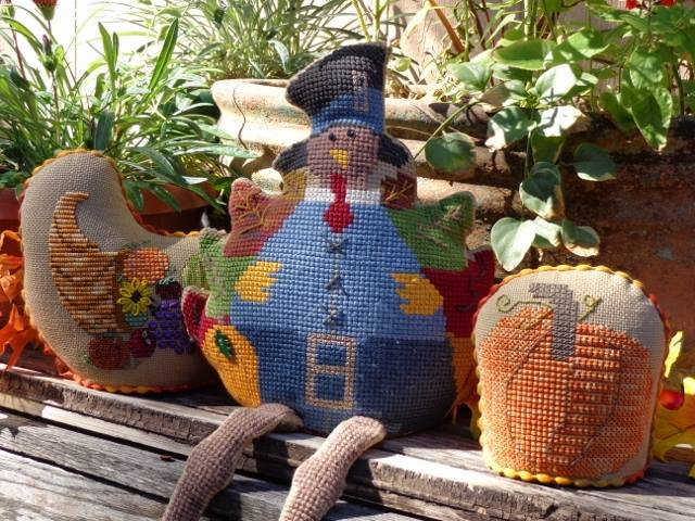 Faithwurks Designs - Tom Turkey Shelf Sitter