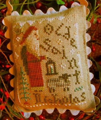 Homespun Elegance - 2014 Santa Ornament - Olde Saint Nicholas - Cross Stitch Pattern