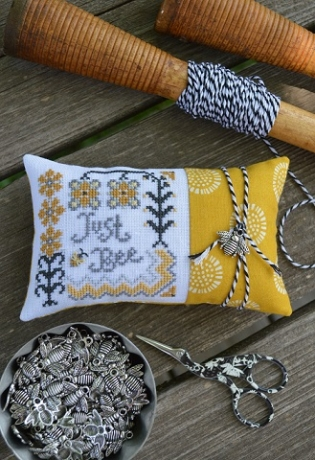 Hands On Design - Just Bee - Cross Stitch Pattern