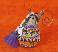 Just Nan - 2015 Ornament Shop - Witchy's Sister Mouse & Embellishments Limited Edition Ornament