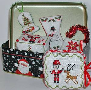 Praiseworthy Stitches - Le Petit Etui Noel - 2015 Nashville Limited Edition Kit