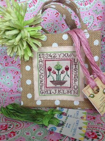 Romy's Creations -  Garnet Flowers Little Bag