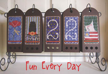 SamSarah Design Studio - Fun Every Day - Part 11 of 12 - November Calendar - Cross Stitch Pattern