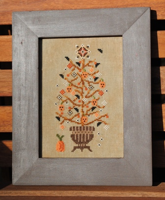 Turquoise Graphics & Designs - Rustic Halloween Tree - Cross Stitch Pattern