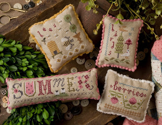 Lizzie Kate - Summer Smalls-Lizzie Kate - Seasonal Smalls - Summer - summertime, beach, berries, beehive,