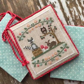 Country Cottage Needleworks - Welcome to the Forest - Part 3 - Forest Raccoon and Friends-Country Cottage Needleworks - Welcome to the Forest - Part 3 - Forest Raccoon and Friends