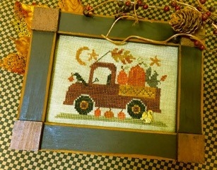 Homespun Elegance - Country Spirits Collection - Pumpkin Pickin' Truck-Homespun Elegance - Country Spirits Collection - Pumpkin Pickin Truck, fall, farm, country, pumpkin pie, autumn, cross stitch