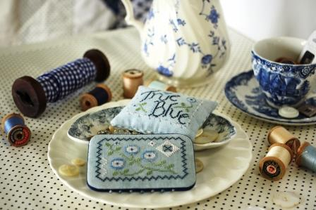 October House - True Blue-October House - True Blue, pincushion, needlebook, cross stitch, 2021 Expo