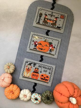 Twin Peak Primitives - A Very Scary Halloween Trio-Twin Peak Primitives - A Very Scary Halloween Trio, pumpkins, dog, trick or treat, fall, witch, bats, blakc cat, cross stitch