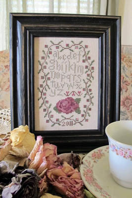 From The Heart - Needleart by Wendy - Antique Rose Sampler-From The Heart - Needleart by Wendy - Antique Rose Sampler, samplers, flowers, cross stitch