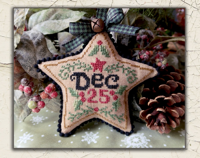 Teresa Kogut - Dec 25 Star Ornament-Teresa Kogut - Dec 25 Star Ornament, Christmas, decorations, Santa Claus, cross stitch
