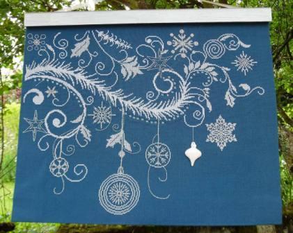 Alessandra Adelaide Needleworks - Riccioli Di Natale-Alessandra Adelaide Needleworks - Riccioli Di Natale, Christmas ornament,