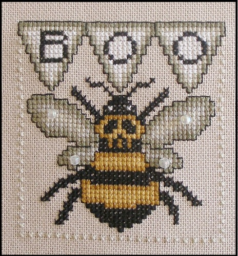 Hinzeit - BOO BEE-Hinzeit, BOO BEE, bees, boo, word play, halloween, insects, bugs, trick or treat, Cross Stitch Pattern