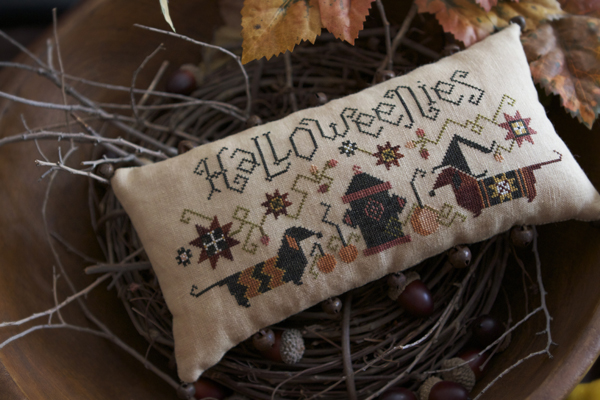 Plum Street Samplers - Halloweenies - Cross Stitch Pattern