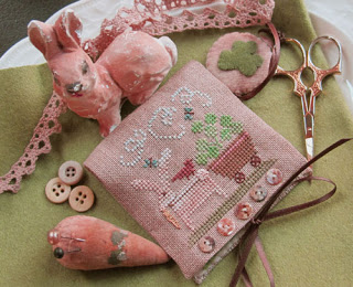 Homespun Elegance - Country Spirits Collection - Shamrock Bunny Needlecase and Scissor Fob-Homespun Elegance, Country Spirits Collection, Shamrock Bunny Needlecase and Scissor Fob,