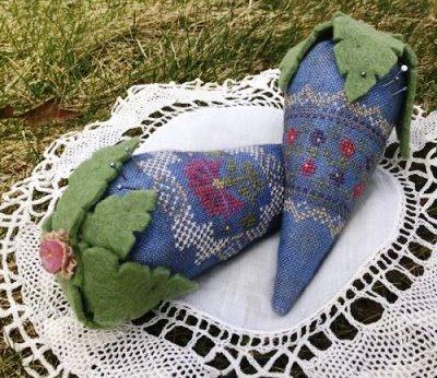 The Purple Thread - Brimfield Lace-The Purple Thread - Brimfield Lace, strawberry, pin cushion, flowers, cross stitch kit,