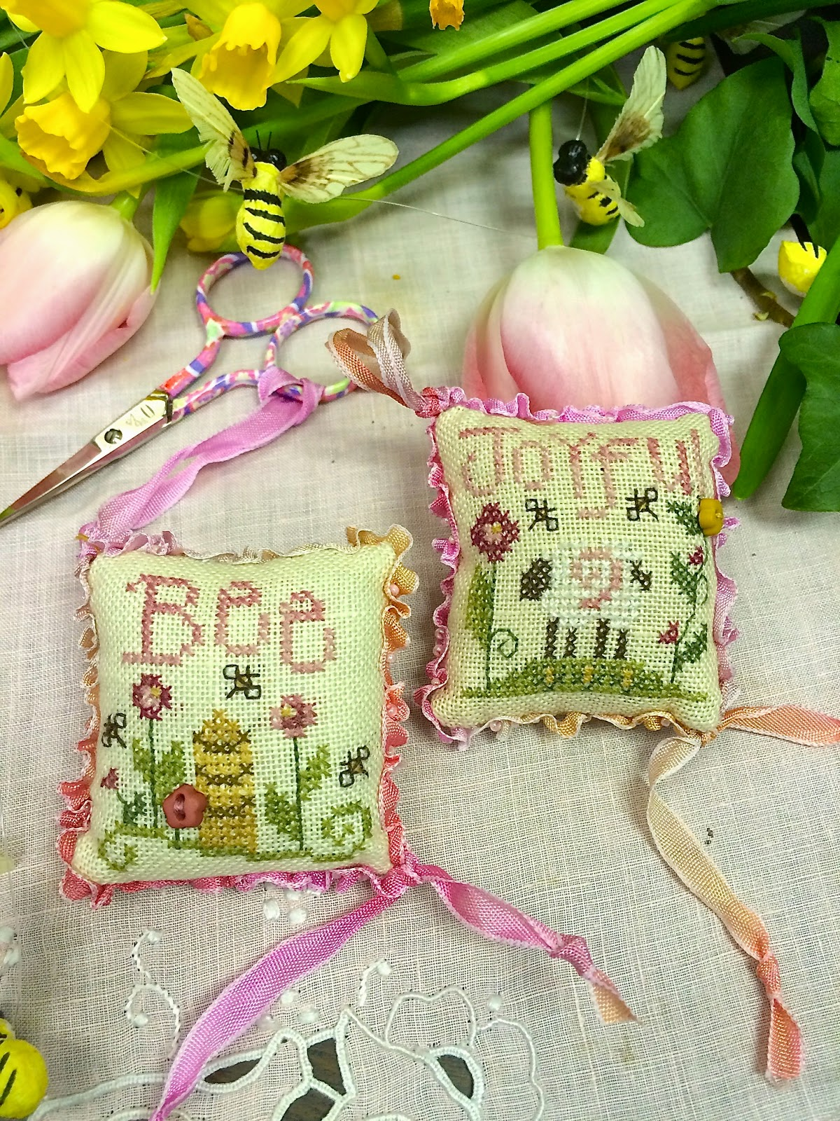 Shepherd's Bush - Bee Joyful Fob Kit-Shepherds Bush,  Bee Joyful Fob Kit, scissor fob, lamb, flowers, smalls